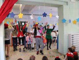 Fotogallery spettacolo Carnevale genitori scuola materna Ronco febbraio 2018