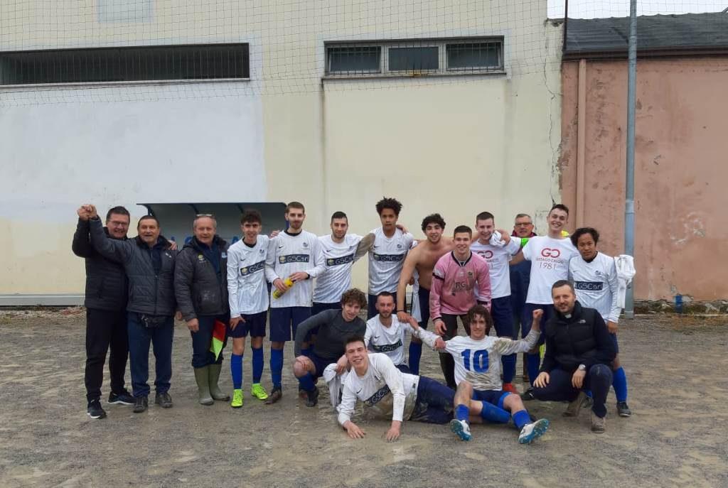 Vittoria campionato top junior oratorio piazza aprile 2019
