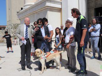 """Fotogallery """"Due occhi per chi non vede"""" donazione cani guida non vedenti giugno 2019"""